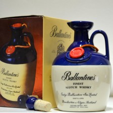 020156 Ballantine's Decanter