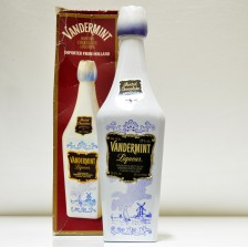 020937 Vandermint Liqueur Porcelain Bottle