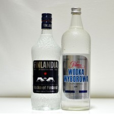 020432 Finlandia 75cl & Polmos Polish Vodka 1 Litre