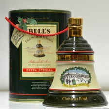 020206 Bell's Decanter Christmas 1989