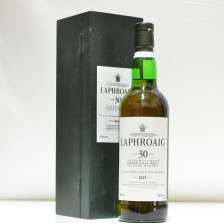 020687 Laphroaig 30 Year Old